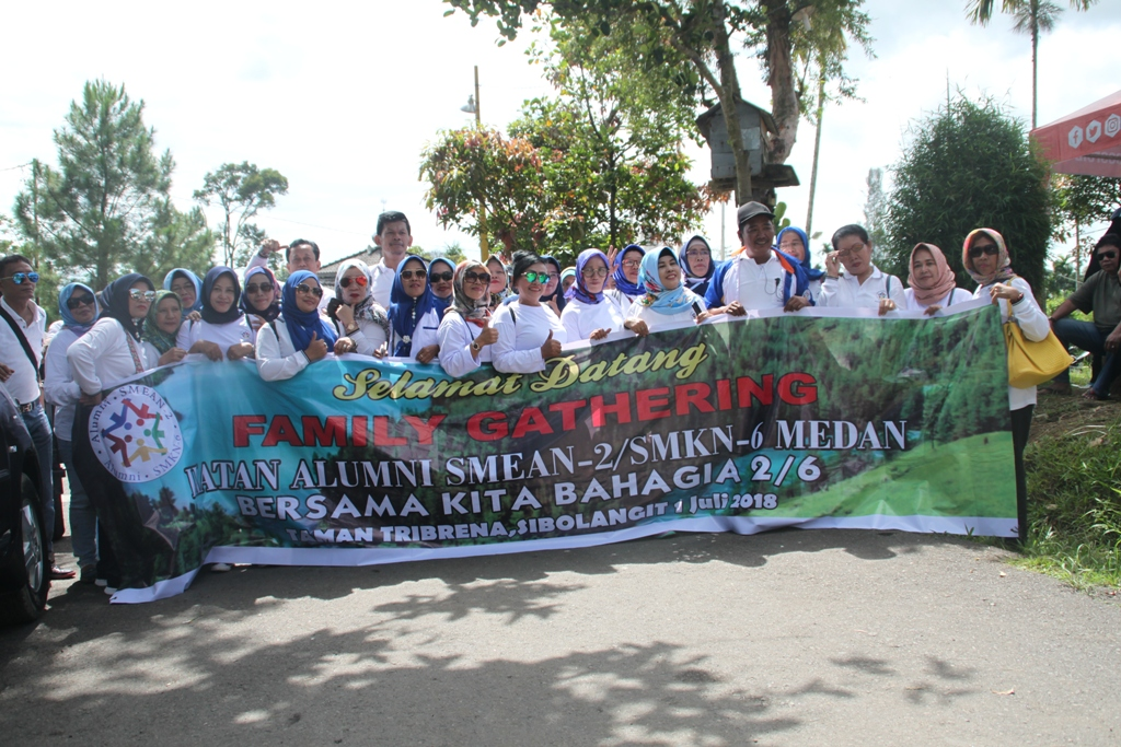 Ikatan Alumni SMEA2 SMK6 Medan Sukses Gelar Family Gathering