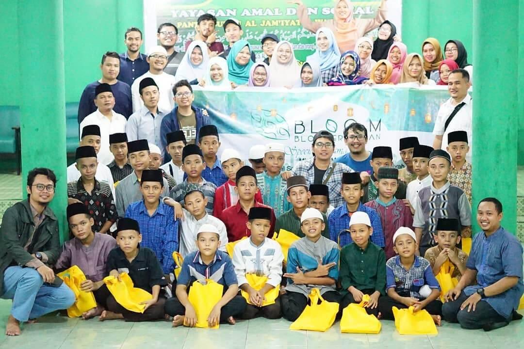 Komunitas Blogger Medan Blog M Buka Puasa Bersama Anak Panti Asuhan
