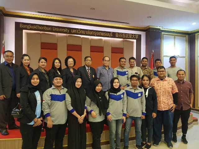 Humas Unimed Studi Banding Ke Bangkok Thonbury University
