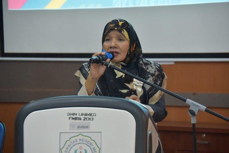 Dr. Fauziyah Harahap, M.Si