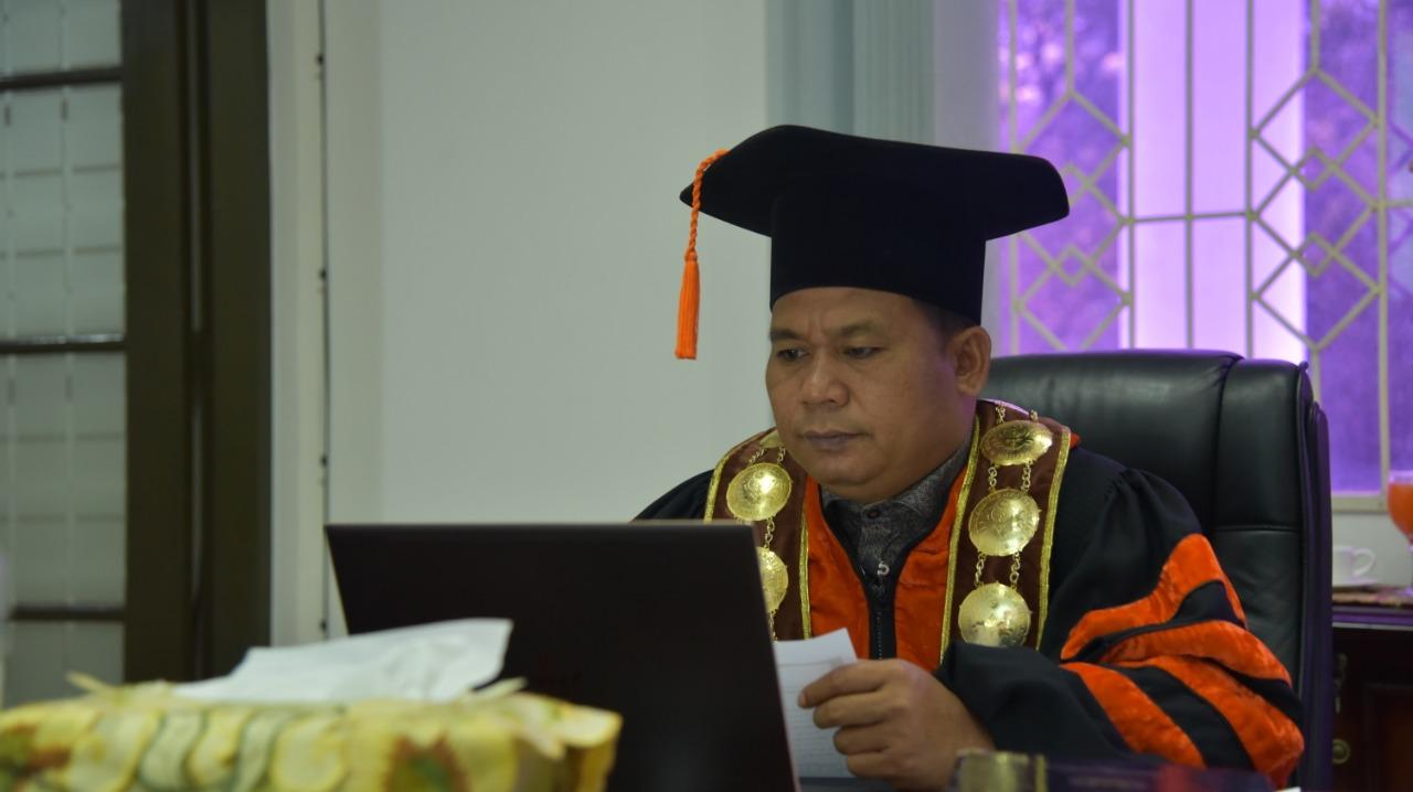 Mahasiswa S3 Unimed Ikuti Sidang Promosi Doktor Secara Daring Perdana
